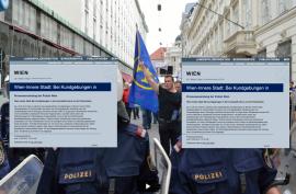 Polizeibeschützte Folderaustragung